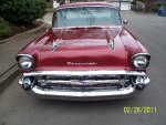 57 chevy & kauai 148_small.jpg